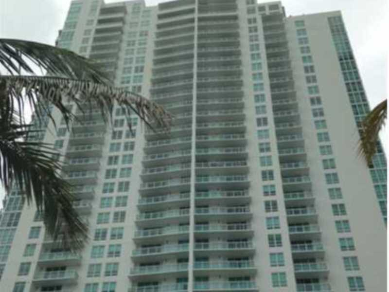 950 Brickell Bay Dr # 401, Miami, FL 33131