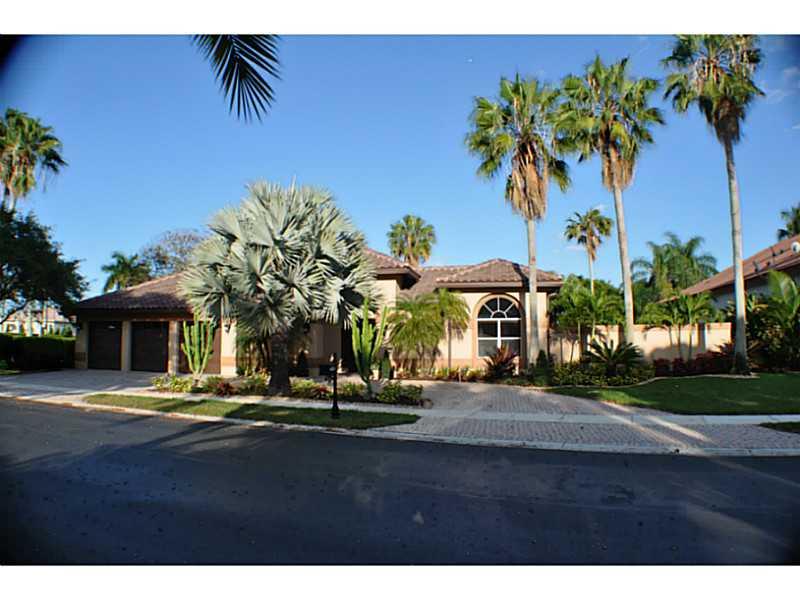 Real Estate for Sale, ListingId: 32283505, Pembroke Pines,FL33027