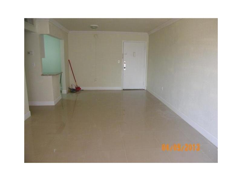 17101 Nw 57 Ave # 302, Opa-locka, FL 33055