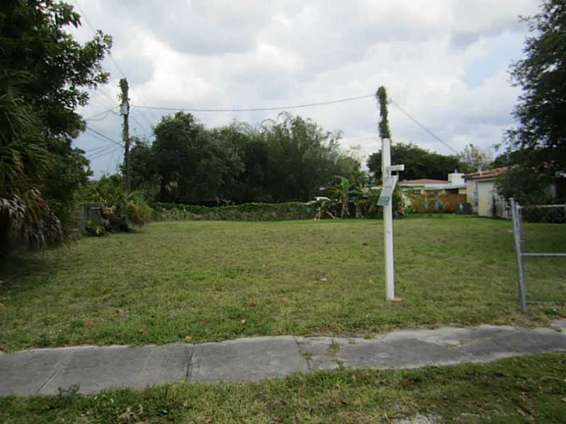 2208 SW 3rd Ave, Fort Lauderdale, FL 33315
