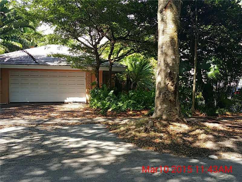 6850 Pallazzo St, Coral Gables, FL 33146
