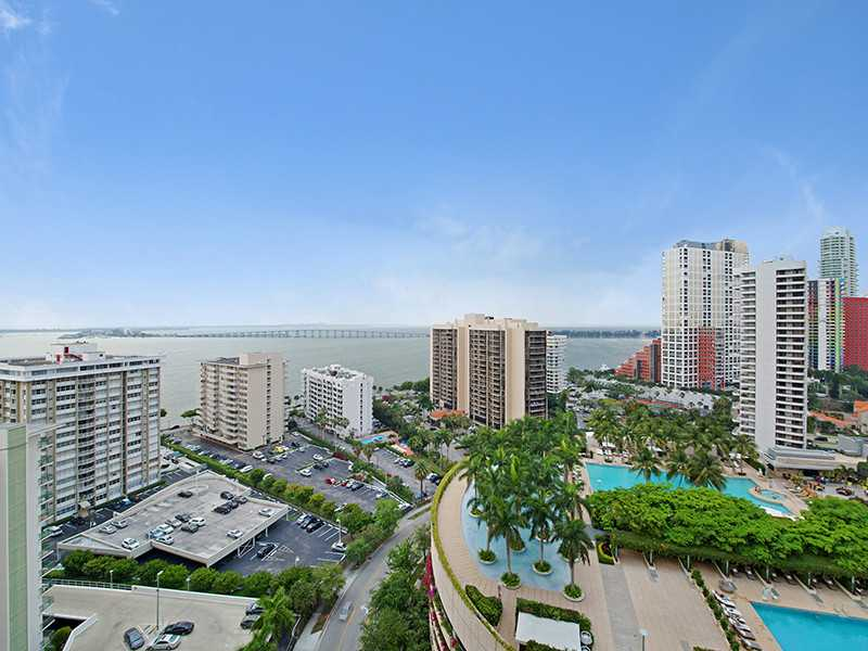 Real Estate for Sale, ListingId: 32349358, Miami,FL33131