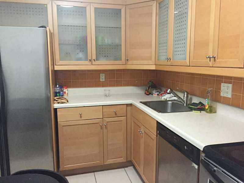 Rental Homes for Rent, ListingId:32364392, location: 20301 W COUNTRY CLUB DR Aventura 33180