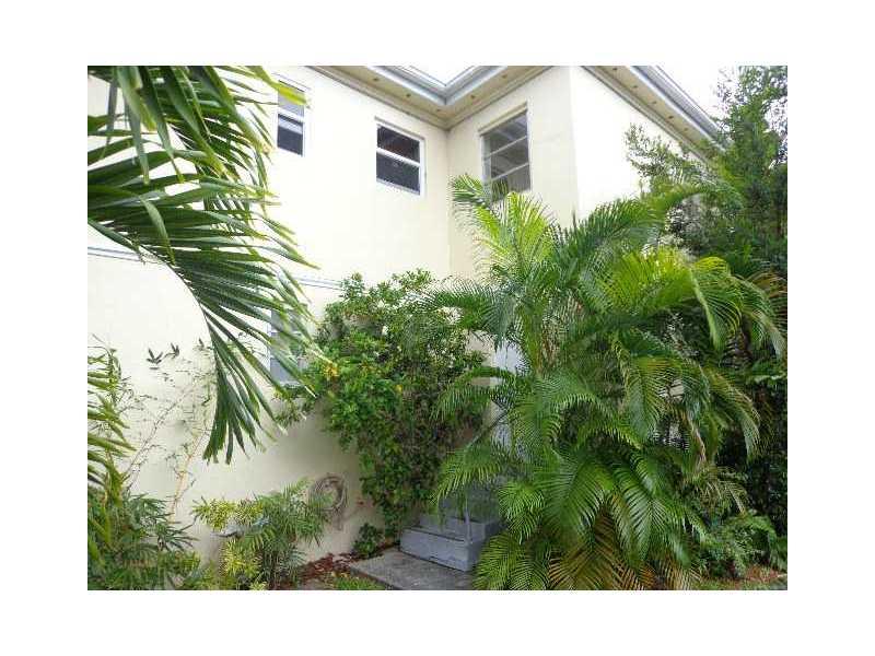 Rental Homes for Rent, ListingId:32412111, location: 10076 E BAY HARBOR DR Bay Harbor Islands 33154