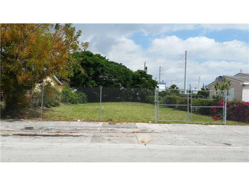 319 Nw 35th St, Miami, FL 33127