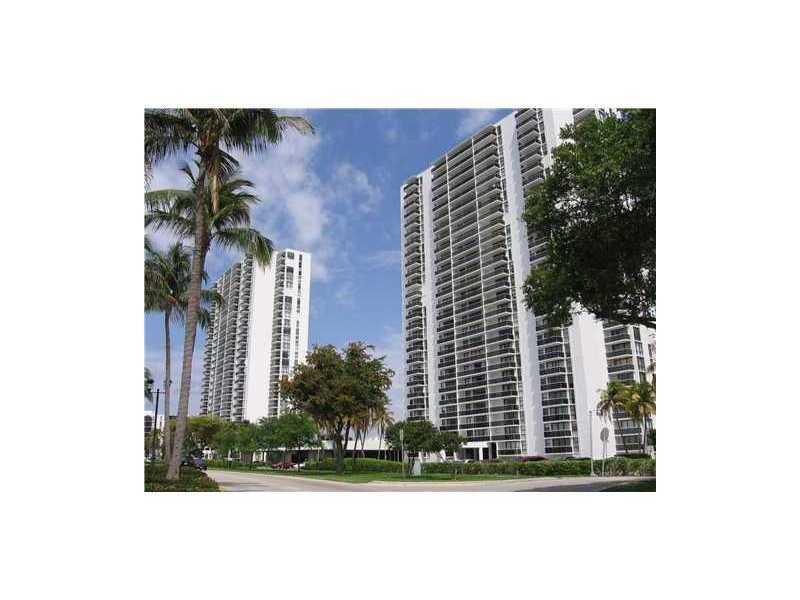 Rental Homes for Rent, ListingId:32462412, location: 3625 N COUNTRY CLUB DR Aventura 33180