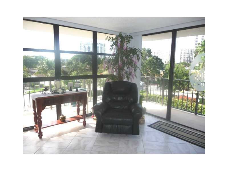 400 Leslie Dr # 331, Hallandale Beach, FL 33009