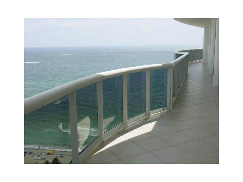 9601 Collins Ave # 1105, Bal Harbour, FL 33154
