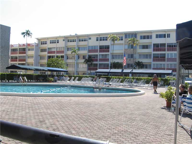 Rental Homes for Rent, ListingId:32540933, location: 330 SE 2 ST Hallandale 33009