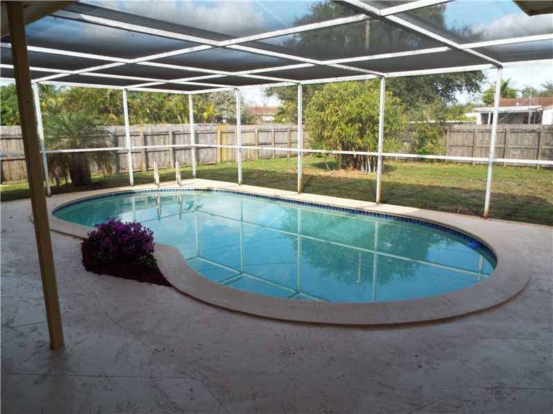 Real Estate for Sale, ListingId: 32647035, Hollywood,FL33021