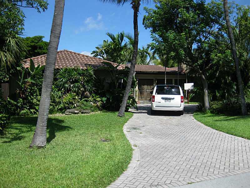 2865 NE 26th St, Fort Lauderdale, FL 33305