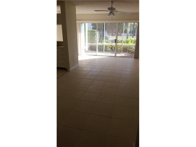 Rental Homes for Rent, ListingId:33268465, location: 19117 GLENMOOR DR West Palm Beach 33409