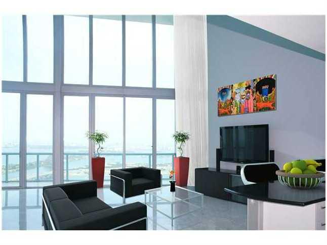 Rental Homes for Rent, ListingId:32739077, location: 888 BISCAYNE BL Miami 33132