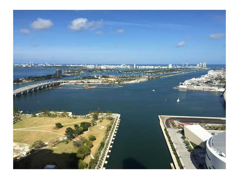 Rental Homes for Rent, ListingId:32818619, location: 888 BISCAYNE BL Miami 33132