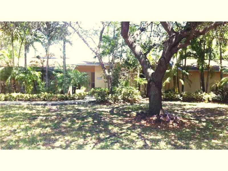 13725 Sw 73rd Ct, Miami, FL 33158