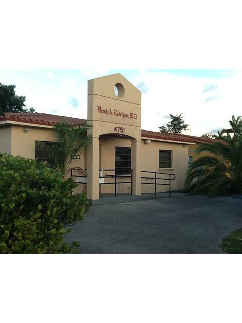 Real Estate for Sale, ListingId: 32840236, Hialeah,FL33012