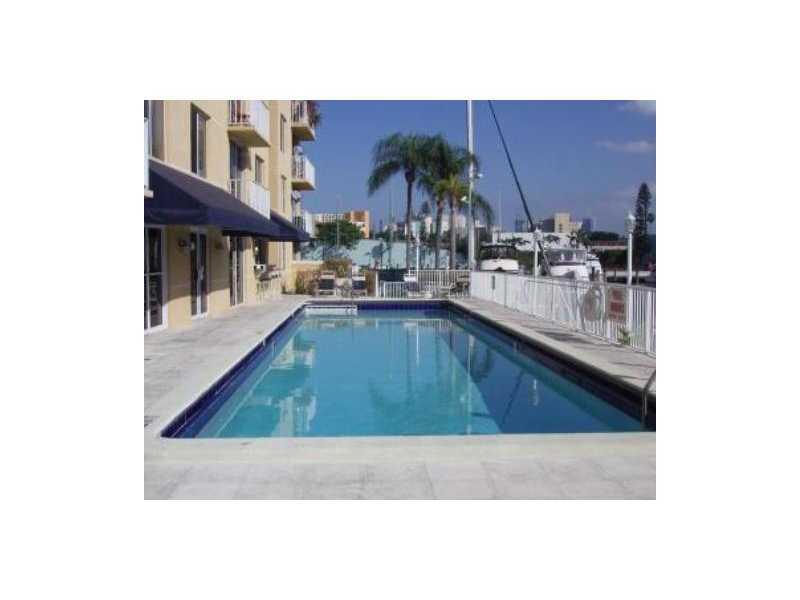 1720 Nw N River Dr # 409, Miami, FL 33125