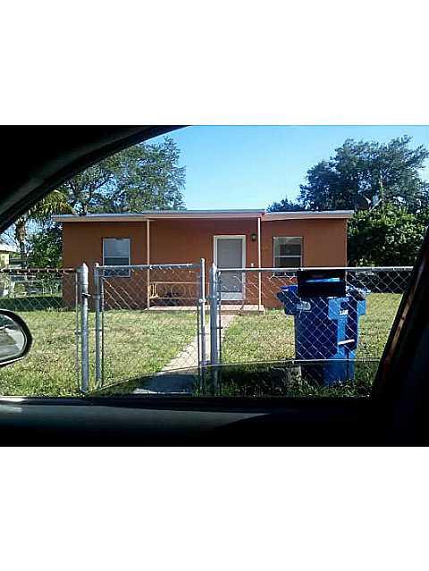 2520 Nw 161st St, Opa Locka, FL 33054