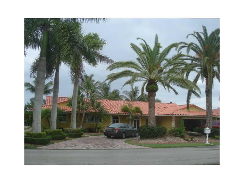 Real Estate for Sale, ListingId: 32983460, Hialeah,FL33015