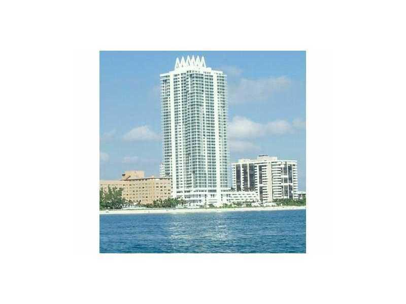 Collins Ave, Miami Beach, FL 33141