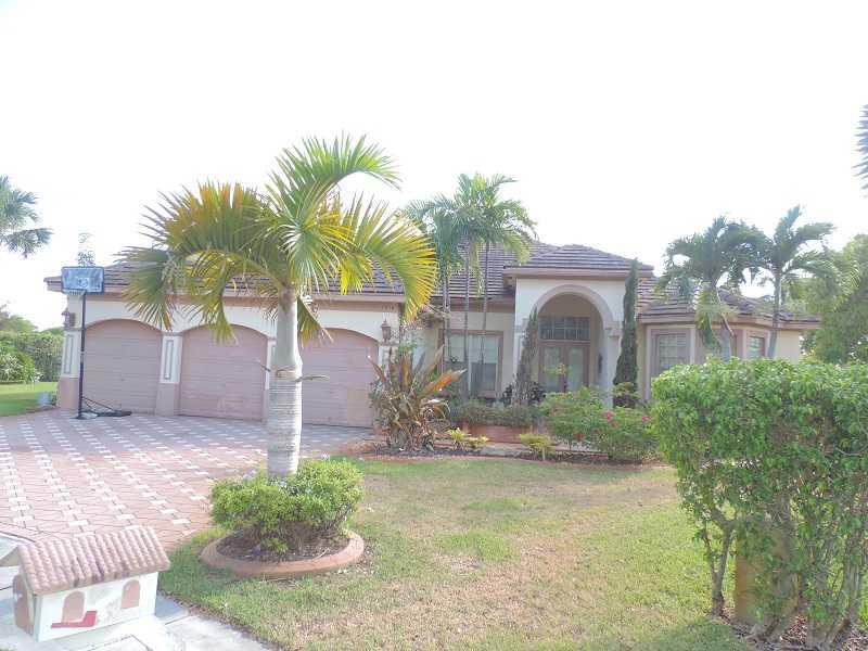 1584 Sw 159th Ln, Pembroke Pines, FL 33027