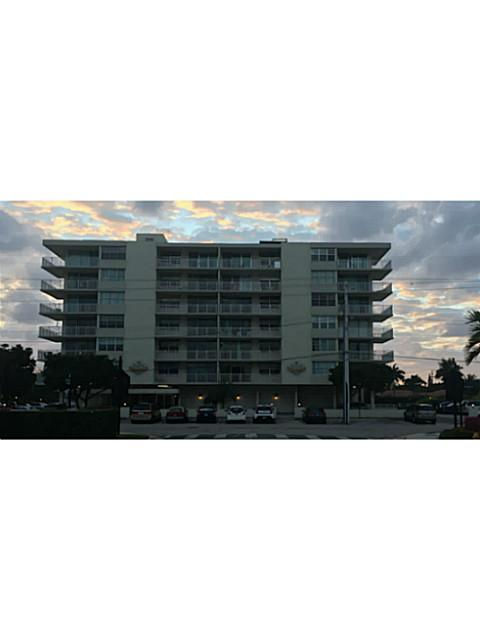 9500 W Bay Harbor Dr, Bay Harbor Islands, FL 33154