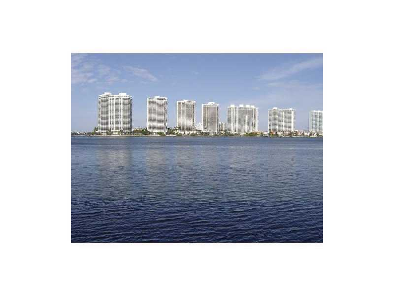 17600 N Bay Rd # N407, Sunny Isles Beach, FL 33160