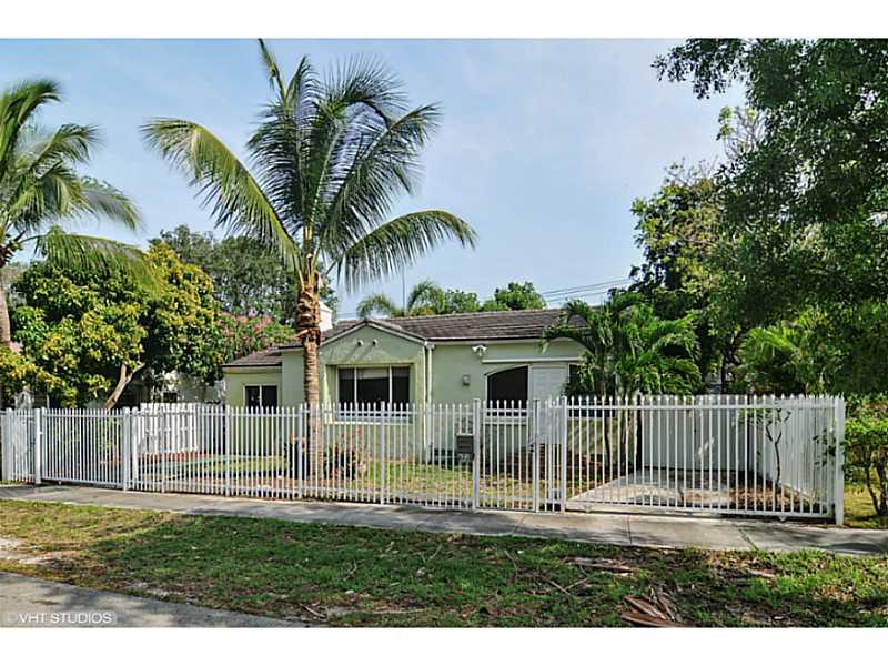821 Ne 80th St, Miami, FL 33138