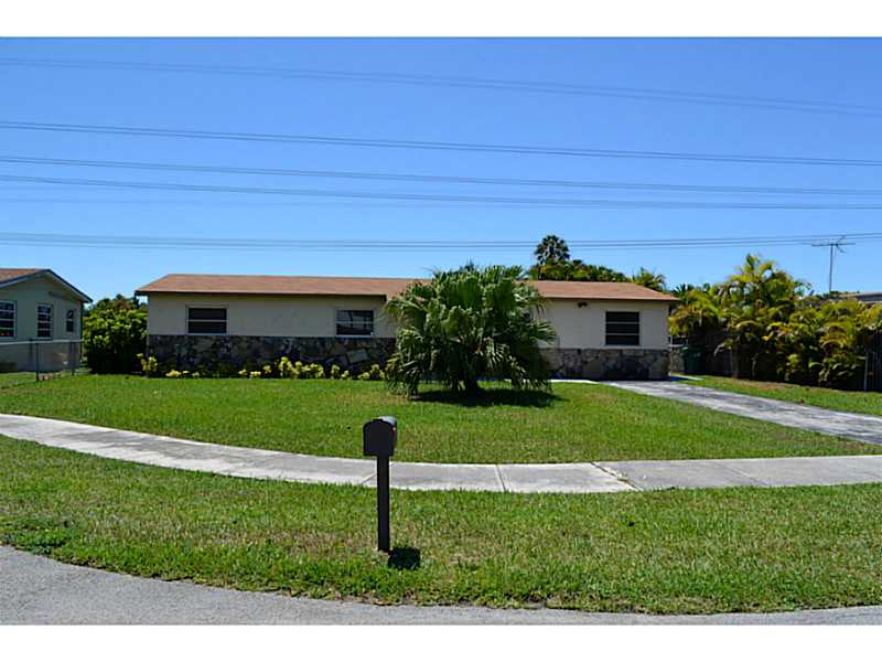 Rental Homes for Rent, ListingId:33271401, location: 3010 Southwest 97 CT Miami 33165