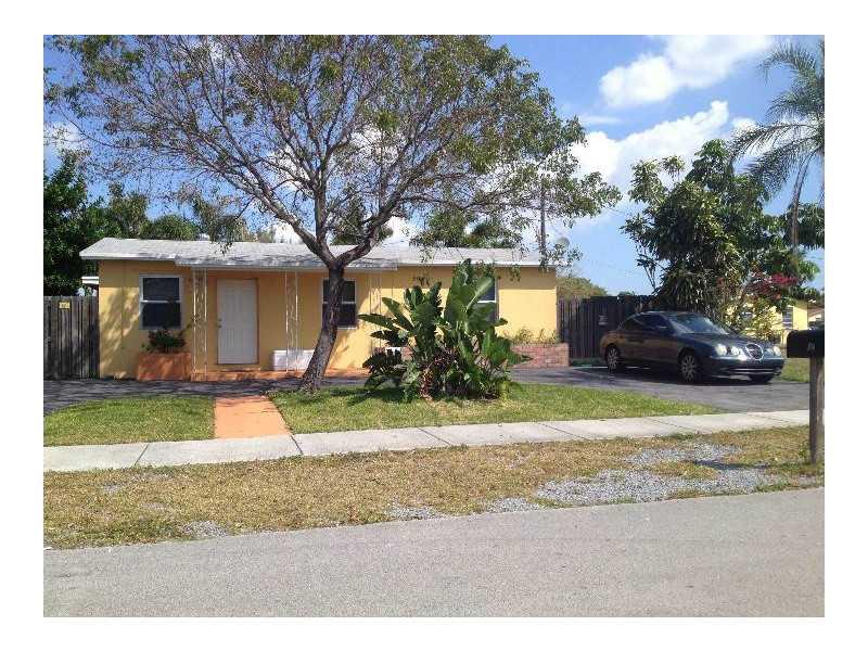 531 NE 43rd St, Pompano Beach, FL 33064