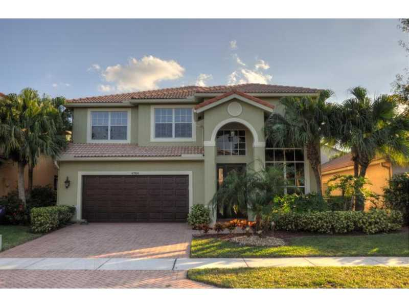 4784 Modern Dr, Delray Beach, FL 33445