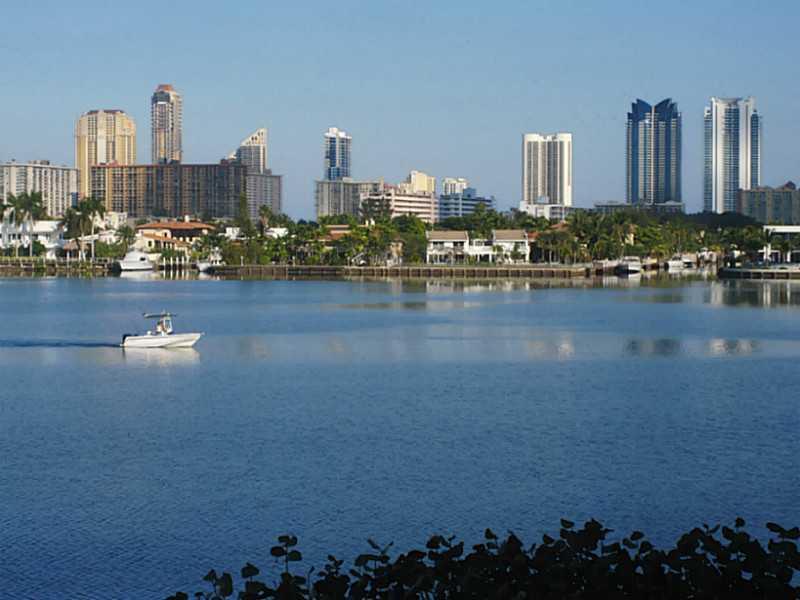 16546 Northeast 26 Ave # 4F, North Miami Beach, FL 33160