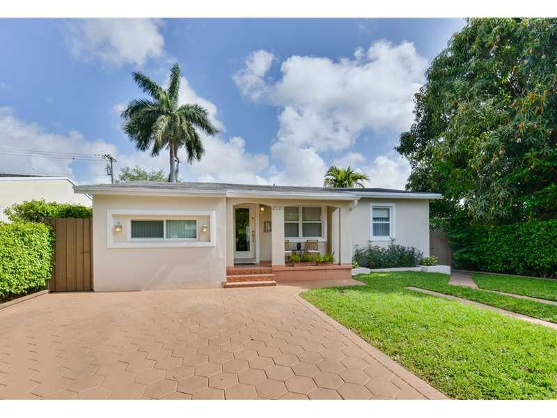 2521 Sw 24th St, Miami, FL 33145