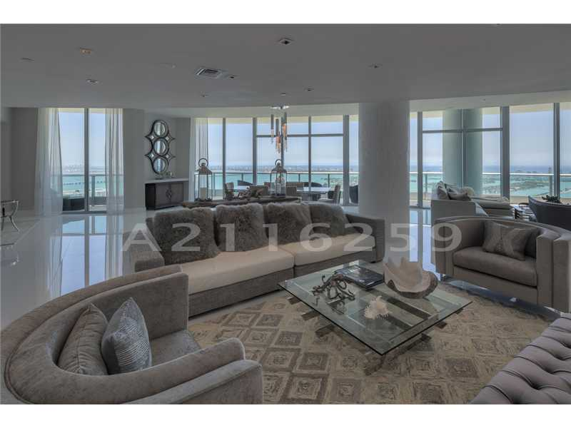 Rental Homes for Rent, ListingId:33343261, location: 900 BISCAYNE BL Miami 33132