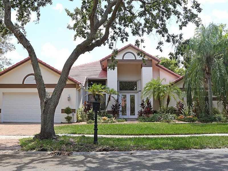 1068 Twin Branch Ln, Fort Lauderdale, FL 33326