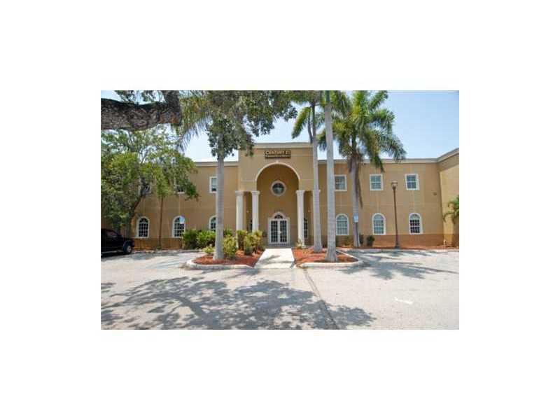 7875 Sw 104th St, Miami, FL 33156
