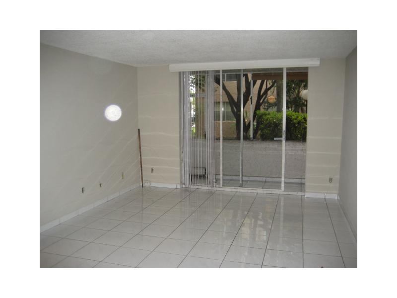 Rental Homes for Rent, ListingId:33352933, location: 8411 Northwest 8 ST Miami 33126