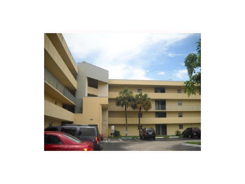 Rental Homes for Rent, ListingId:33388925, location: 706 Northwest 87 AV Miami 33172