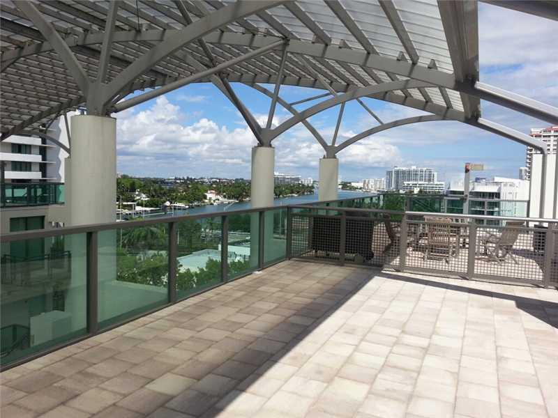 6000 Collins Ave # 505, Miami Beach, FL 33140