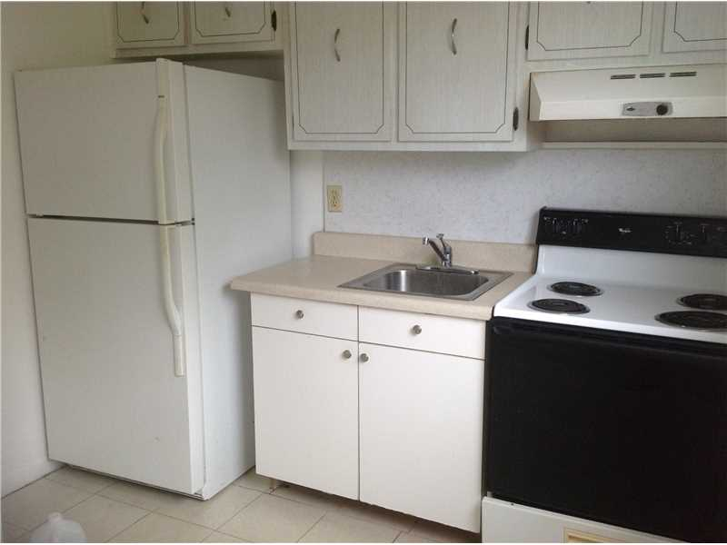 Rental Homes for Rent, ListingId:34459324, location: 30 Southeast 4 AV Hallandale 33009