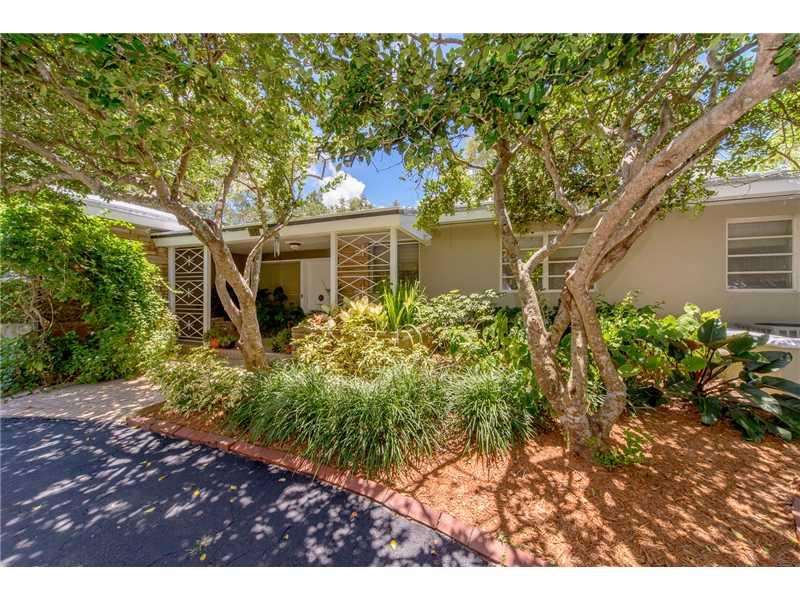 636 Blue Rd, Coral Gables, FL 33146