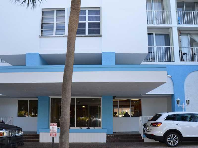 6450 Collins Ave # 309, Miami Beach, FL 33141