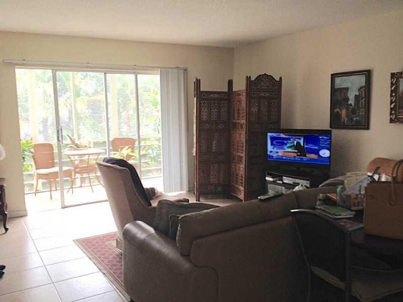 Rental Homes for Rent, ListingId:33459495, location: 1445 ATLANTIC SHORES BL Hallandale 33009