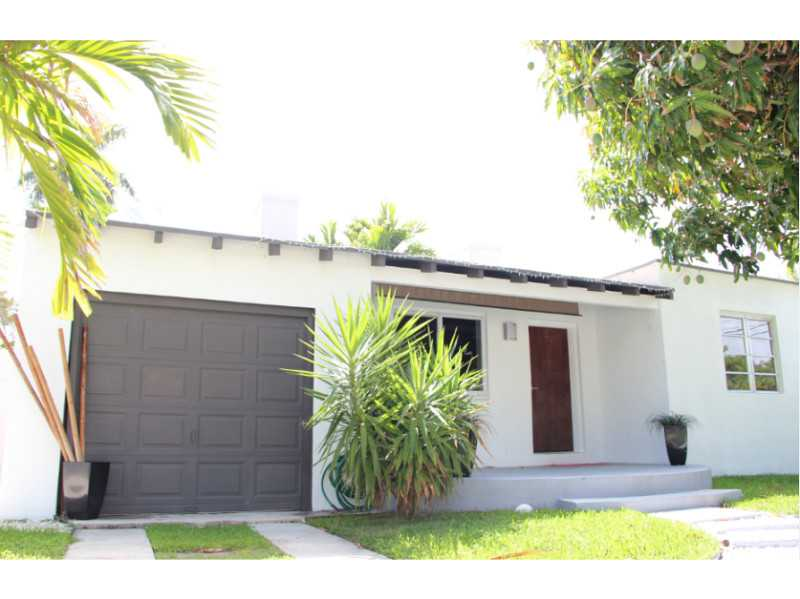 9057 Carlyle Ave, Surfside, FL 33154