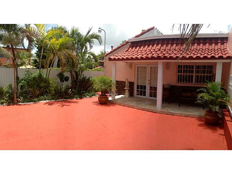 636 Nw 11th St, Miami, FL 33136