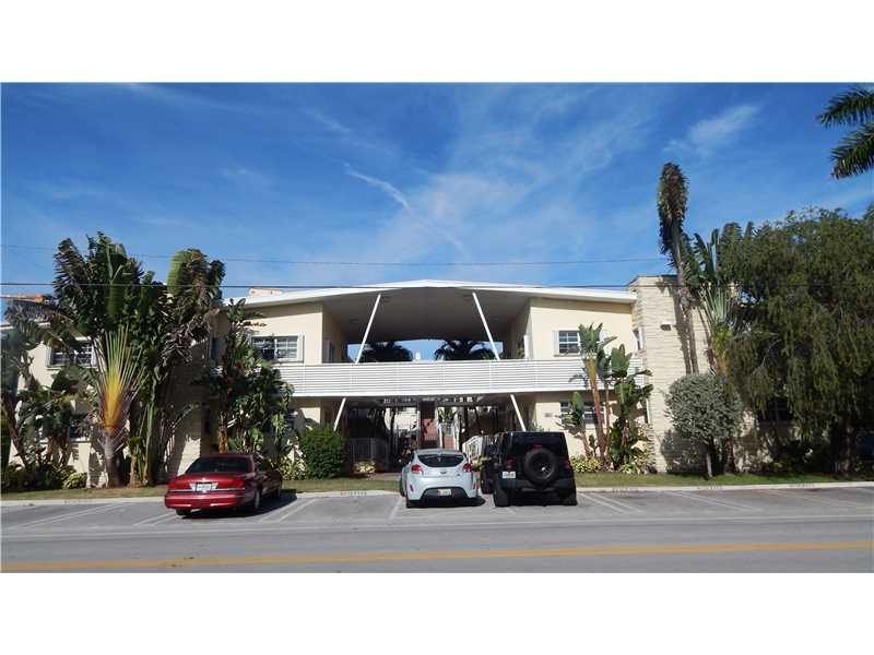 9725 Bay Harbor Te # 1, Bay Harbor Islands, FL 33154