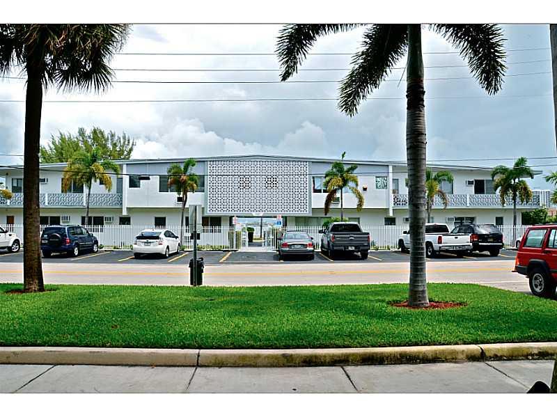 Rental Homes for Rent, ListingId:33599249, location: 7927 EAST DRIVE North Bay Village 33141