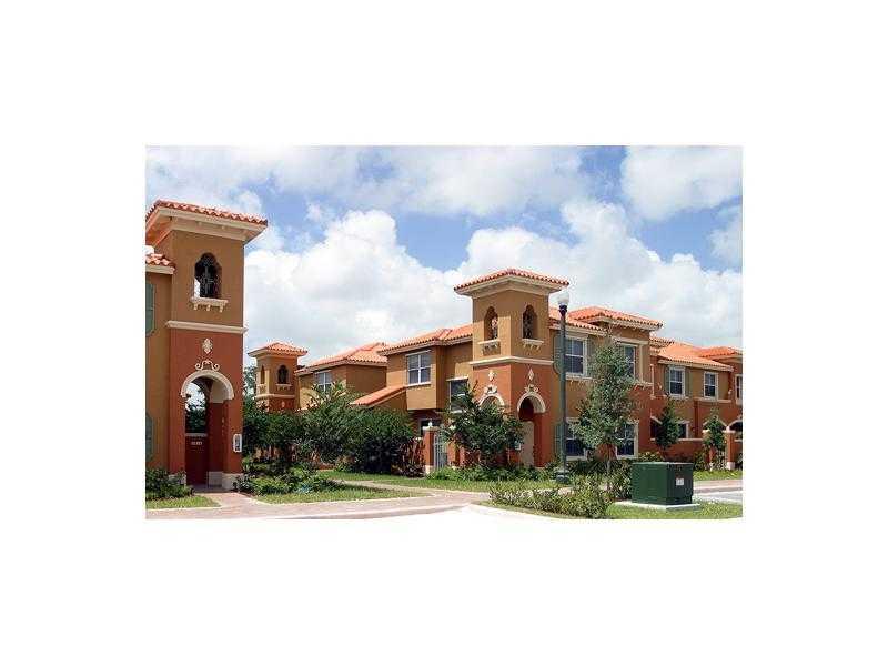 4926 Spinnaker Dr, Fort Lauderdale, FL 33312