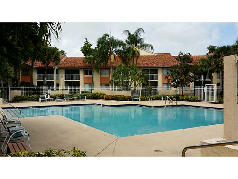 Rental Homes for Rent, ListingId:33679780, location: 1352 THE POINTE DR West Palm Beach 33409