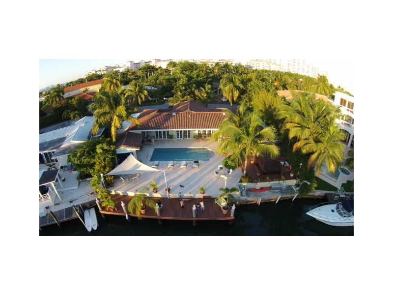 110 Island Dr, Key Biscayne, FL 33149
